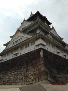 thekumachan_Osaka_castle_Japan-4