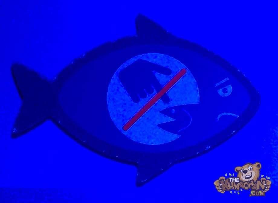 thekumachan_Sea_Life_Aquarium_funny_sign-1